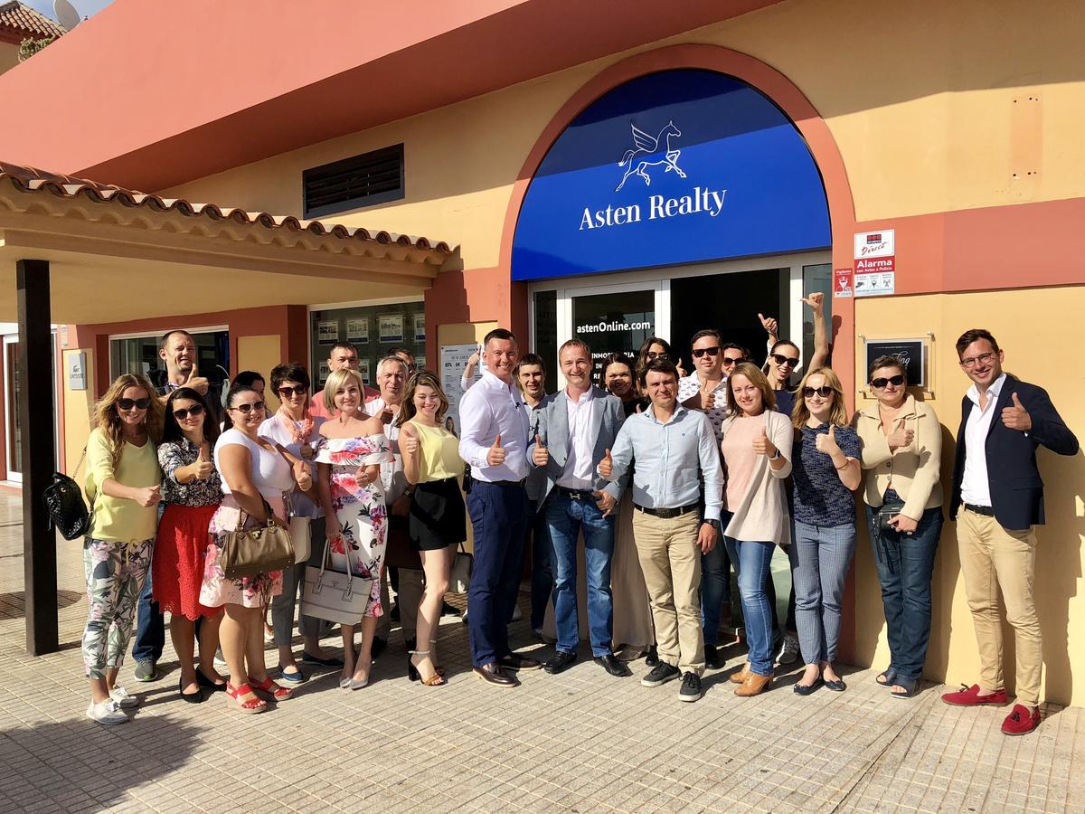 """Open Training op """"Asten Business School"""" voor Russisch sprekende agenten"""
