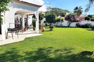 5 Bedroom Villa - Playa Paraiso (0)