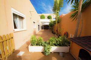 Вилла с 4 спальнями - El Madroñal - Los Girasoles (2)