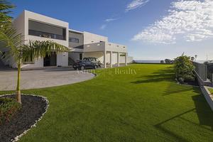 Вилла с 4 спальнями -  Golf Costa Adeje (0)