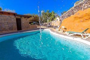 Villa di 9 Camere - Los Menores (2)