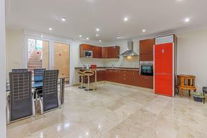 6 Bedroom Villa - San Eugenio Alto (0)