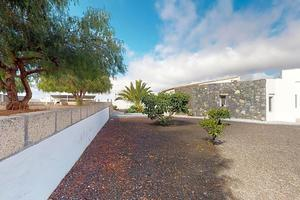 3 Bedroom House - Charco del Pino (1)