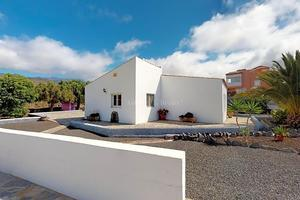 3 Bedroom House - Charco del Pino (3)