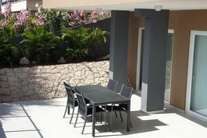 Luxury 4 Bedroom Villa - San Eugenio Alto - La Tagora (3)