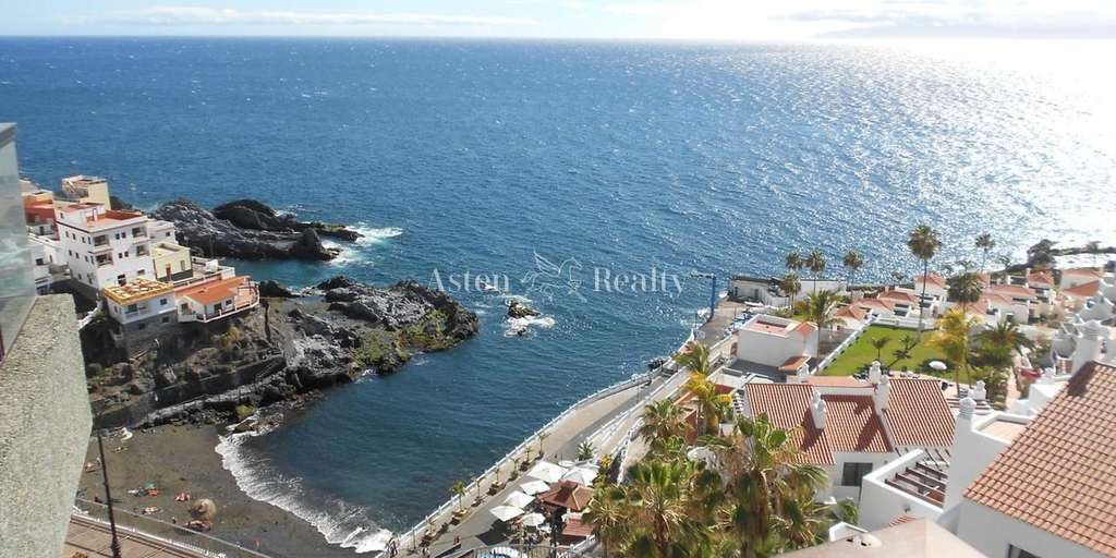 Seafront 1 Bedroom Apartment - Puerto Santiago - El Lago