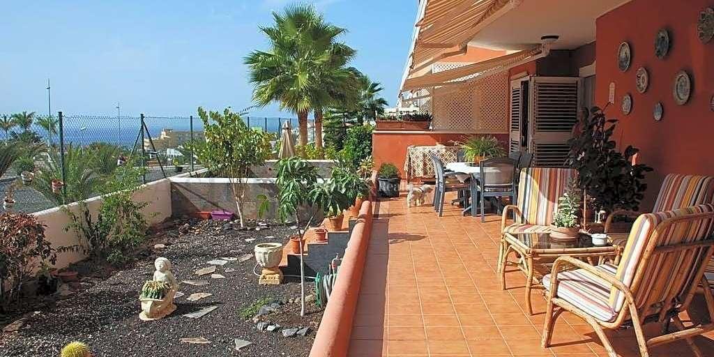 2 Bedroom Apartment - Callao Salvaje - Callao Beach