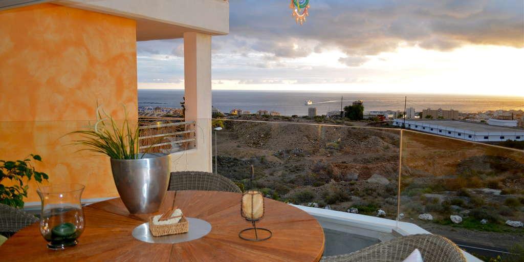 Apartamento de 4 dormitorios - Los Cristianos - Vista Hermosa
