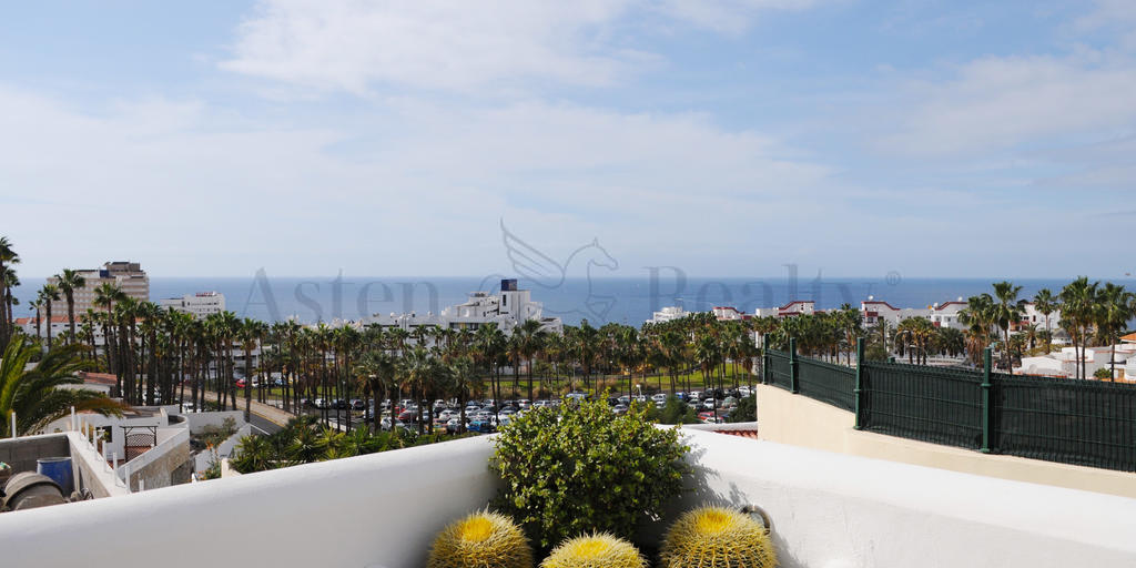 Villa mit 4 Schlafzimmern - San Eugenio Alto - Roque Villas